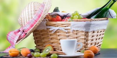 Having a family picnic with a baby - Your little guide to eating outdoors